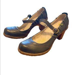 El Naturalista black leather Mary Jane heels 39